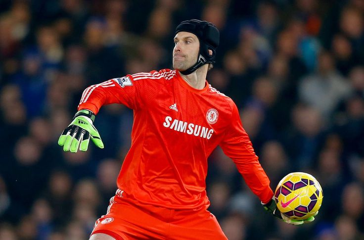 Arsenal blow in race to sign Petr Cech as ex-Chelsea coach Ray Wilkins rubbishes transfer rumours