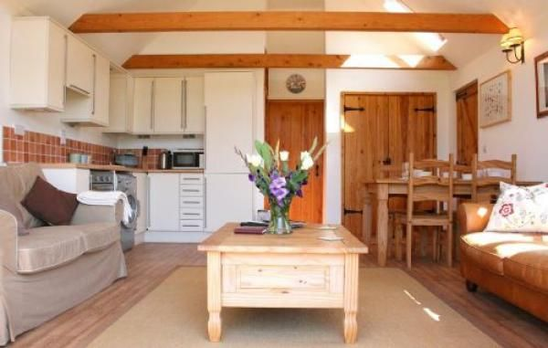 Real country feel to this holiday cottage. The Barn, Fishponds Cottage, Kent. www.iknow-kent.co.uk