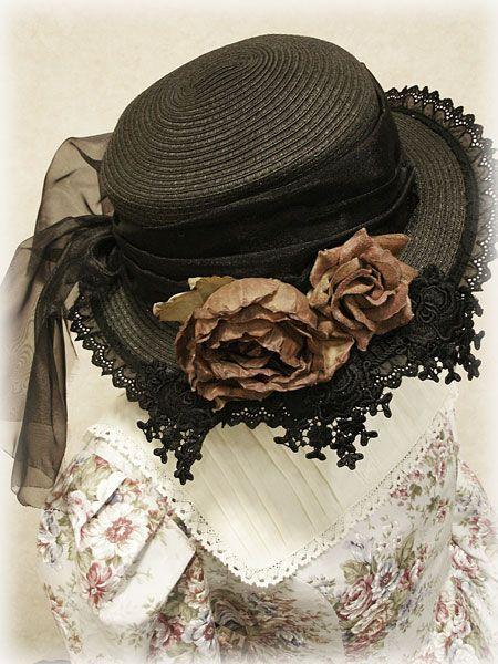 Hat from Schwarz Schmetterling