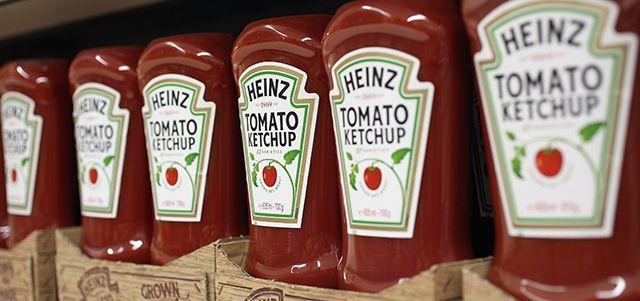 Le aziende alimentari statunitensi Heinz e Kraft Foods hanno annunciato che si fonderanno, diventando insieme la terza più grande azienda alimentare del Nord America e la quinta al mondo. Le previsioni per la nuova società sono di ricavi intorno ai 28 miliardi di dollari per il primo anno di attività, ottenuti dalle vendite dei prodotti dei vari marchi controllati.
