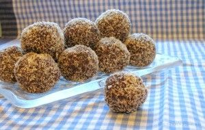 Chocolate Coconut Bliss Balls (with a few tips about Coconut Butter)