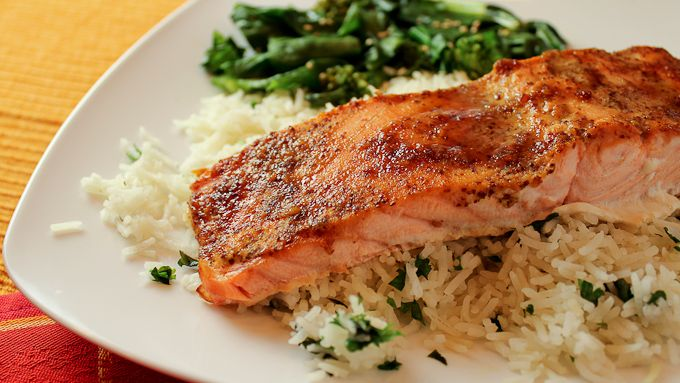 3-ingredient Salmon with Mustard-Soy Crust from Aviva Goldfarb The Six O'Clock Scramble on @PBS Parents