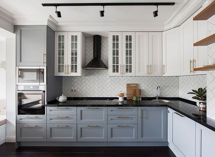 Kitchen idea (see more) #moscow #apartment #modern #kitchen #inspiration #bright #tiles #russia