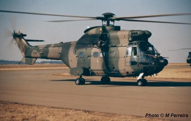 South African Air Force Oryx 1224.
