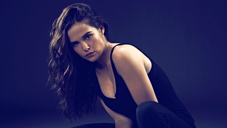 1920x1080 rose hathaway hd background