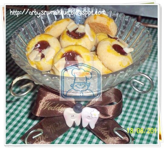 Almond bluberry cookies