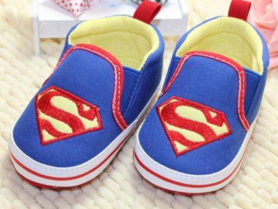 Детская обувь из текстиля со знаком Супермена