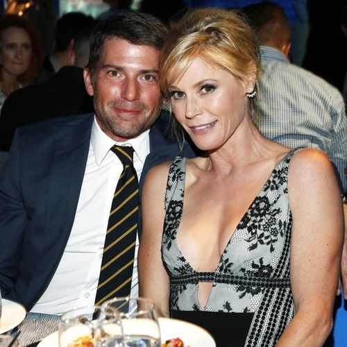 "OMG!: Julie Bowen Jokes She and Husband Scott Phillips are ""Too Tired"" to Divorce"
