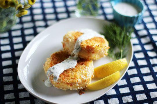 Smoked Salmon Potato Cakes with Herb Crème Fraîche. Must make this next time I have smoked salmon around.