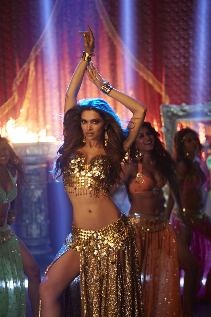 Deepika Padukone in Song Lovely, Movie Happy New Year.