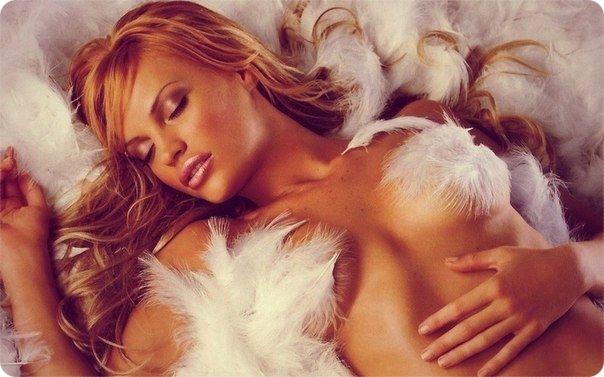 И мужчины и женщины способны испытывать оргазм во сне. И те, и другие, как правило, просыпаются от интенсивных ощущений.. Секс-шоп, товары для взрослых.