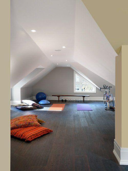 Une salle de gym maison minimaliste
