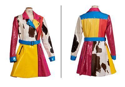 Costume: Female choir / cowprint fur from Die Fledermaus   Sigrid Ohlsson. Str. 38    Plastic, cowhide, imitation leather / imitation leather and belt.