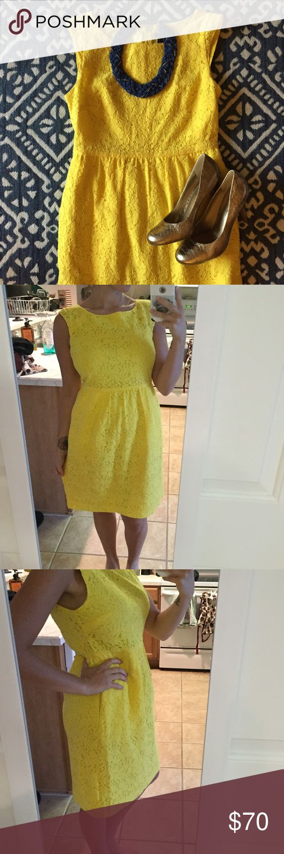 yellow dress jeelry room
