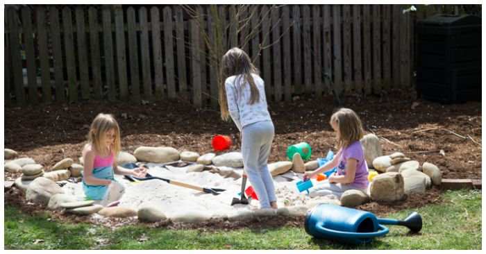 How to Make a Natural Children's Sand Pit