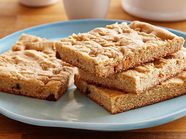 Get this all-star, easy-to-follow Blondies recipe from Food Network Kitchen.
