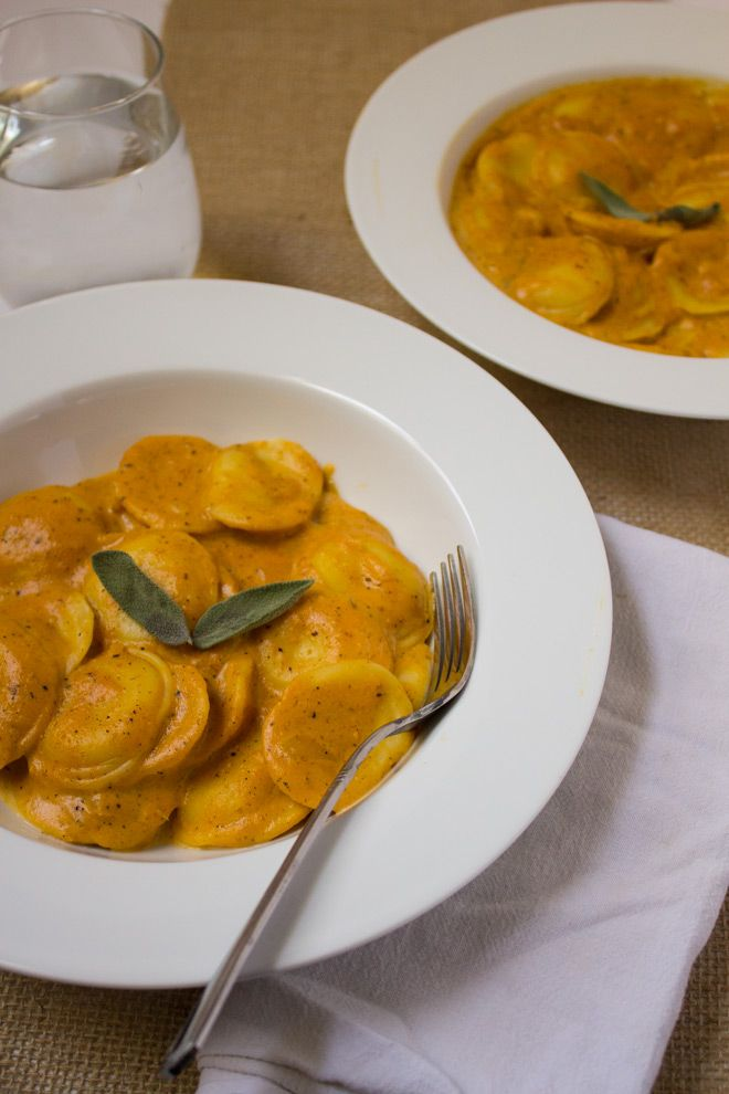 Ravioli in Pumpkin Cream Sauce recipe: Wonderful for fall, this recipe combines cheese ravioli with a lightened up pumpkin cream sauce. Best of all, this healthy recipe is ready in 20 minutes or less!