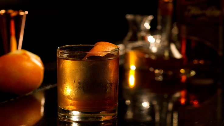 Flor de Caña Old Fashioned - The Proper Pour with Charlotte Voisey - http://smallscreennetwork.com/video/1889/flor_de_cana_old_fashioned_the_proper_pour_with_charlotte_voisey/