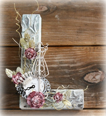 """Altered """"L"""" love letters"""