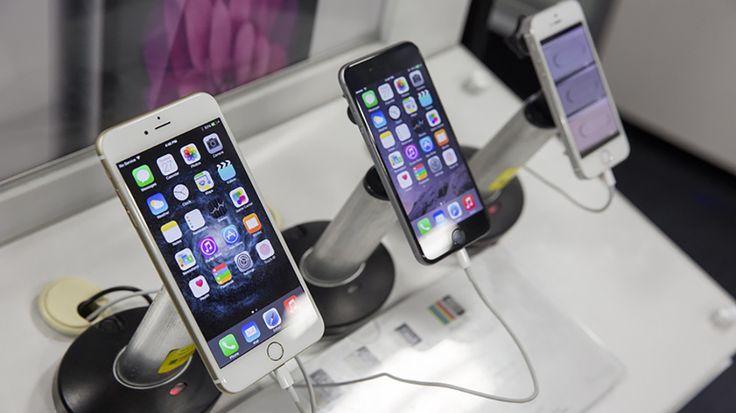 Il prossimo iPhone potrebbe essere in vetro e acciaio http://www.sapereweb.it/il-prossimo-iphone-potrebbe-essere-in-vetro-e-acciaio/        Photo by Aaron P. Bernstein/Getty Images Addio alluminio, benvenuti acciaio e vetro. Tra i cambi radicali previsti da Apple per la realizzazione del suo prossimo iPhone — quello previsto per settembre e dedicato al decimo anniversario dalla nascita della serie — ci sarà anche l'ab...