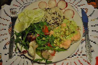 Między Niebem, a Kuchnią...: Łosoś pod zielonym sosem (zjebistym) (2 porcje)