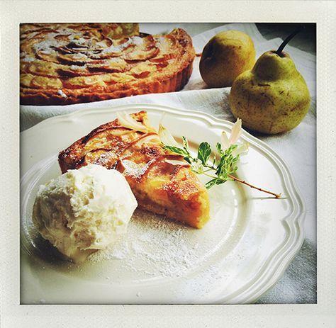 päron, pear, tarte, paj, pear, frangipane, mandelmassa, ginger, ingefära, almond, mandel, dessert, recipe, recept, vanilla, vanilj, mandelmjöl, vaniljfluff, cake, pie, sweet, I huvudet på Elvaelva, Sofija Torebo Strindlund