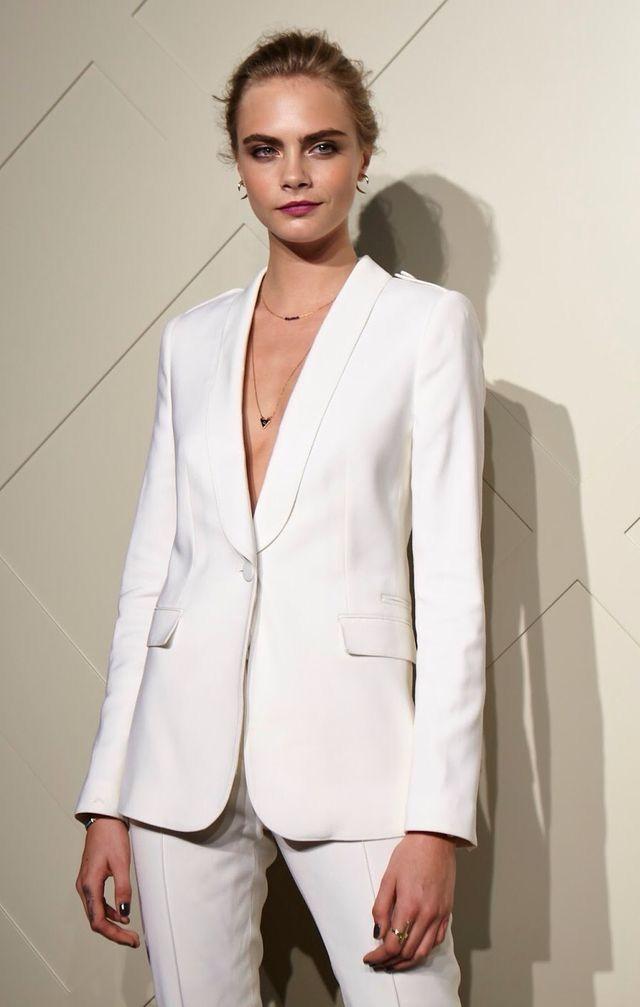 envio GRATIS a todo el mundo diversificado en envases ventas al por mayor Pin de Natthida en Suited en 2019 | Trajes de chaqueta mujer ...