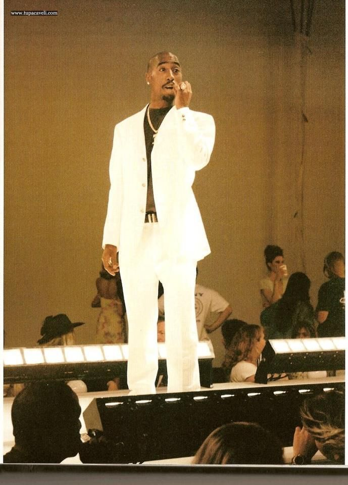 Tupac In A White Suit Images & Pictures - Becuo