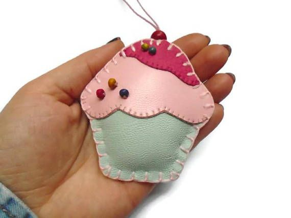 Tea party favor cupcake ornament cupcake purse charm baby