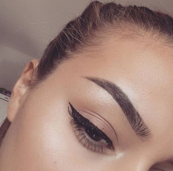 The 25+ best Perfect eyebrows ideas on Pinterest ...