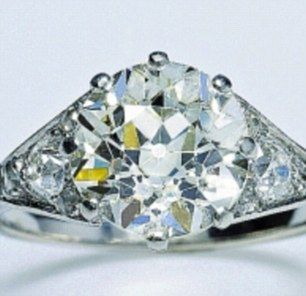 queen wedding ring 1000 images about royal engagement rings on 6934