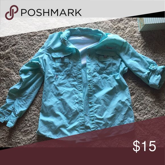 Women's PFG shirt Long sleeve or you can roll up the sleeves and have them buttoned like I have one sleeve in the picture. Columbia Tops