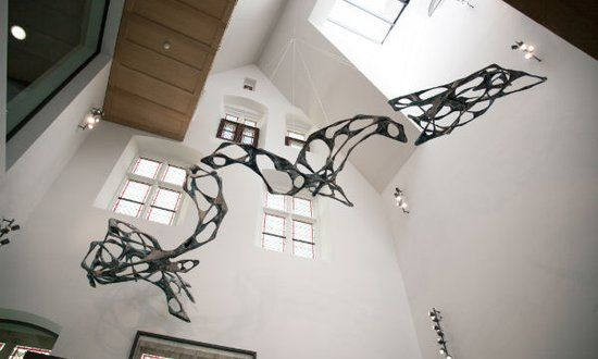 Nieuwe entrée met kunstwerk van Wolfgang Flad: Foto: Liset van der Laan