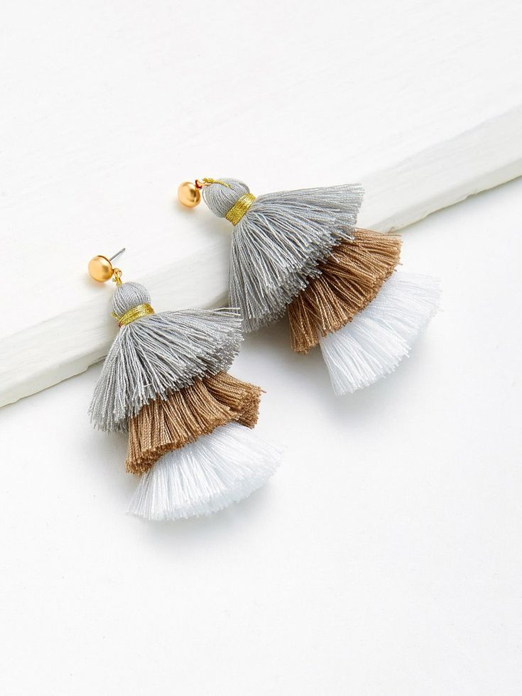 No Stone. Gold colored metal. Dangle Perfect choice for Casual, Cute wear. Designed in Grey, Brown.
