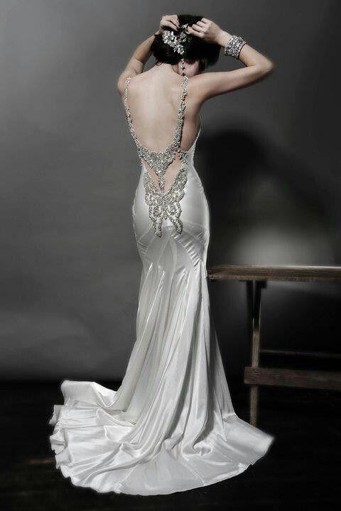 Pnina tornai vestidos de novia pinterest pnina for Butterfly back wedding dress