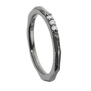 Fingertip ring by Kranz & Ziegler