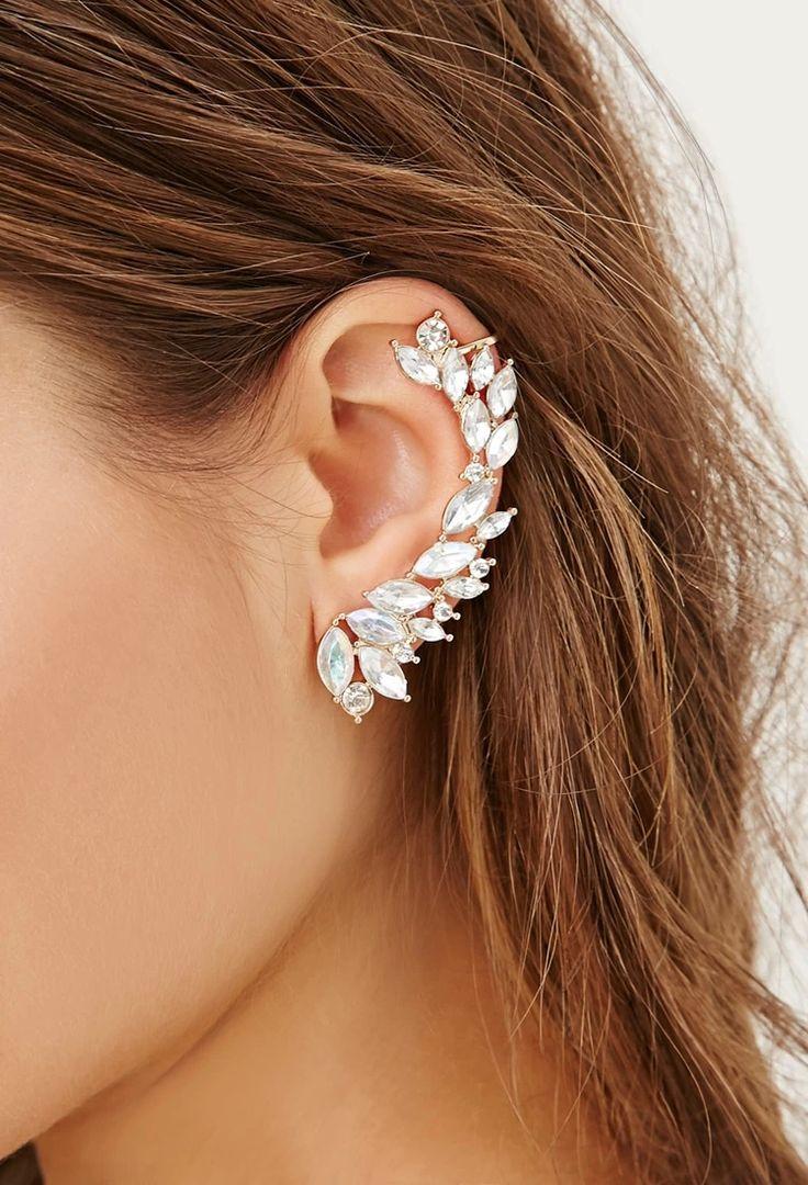 Ear cuff: São brincos que cobrem boa parte da orelha, usados nas laterais. Viraram moda em 2013.