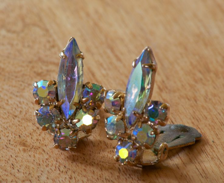 Vintage Gold Tone Cotton Candy Rhinestone Clip On Earrings by flatlandfinery on Etsy