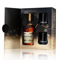 Pokud hledáte ideálního průvodce vánočních a novoročních oslav nebo krásný dárek pro Vaše blízké, sáhněte po koňaku Hennessy. Tato značka každoročně připravuje pro své příznivce při příležitosti oblíbených oslav speciální dárková balení. Nejinak je tomu i v letošním roce, kdy na trh přichází limitovaná edice koňaku Hennessy Very Special s názvem Hennessy Festive. Vybrat si můžete klasickou variantu v atraktivním dárkovém boxu nebo verzi se dvěma černými koňakovými skleničkami.