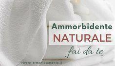 L'ammorbidente fatto in casa è ottimo per sbiancare e profumare i vestiti. Ecco 5 ricette per un ammorbidente naturale fai da te con aceto, bicarbonato e...