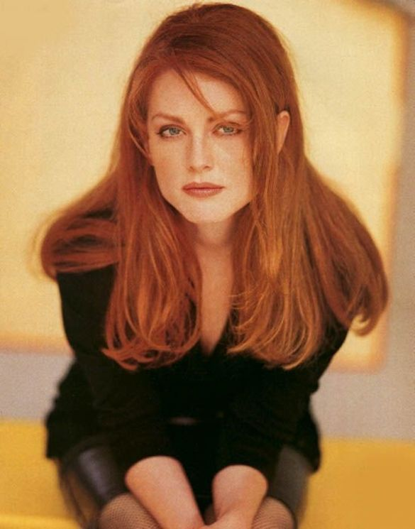 julianne moore | Julianne_Moore-young-hot-skin-soft-lips-eyes