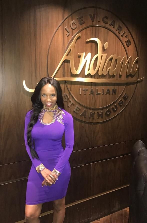Scream 2 actress Elise Neal enjoys the weekend at the D Casino Hotel  (Photo credit: the D Casino Hotel)