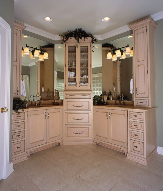15 best mouser bathrooms images on pinterest custom cabinetry custom closets and made to. Black Bedroom Furniture Sets. Home Design Ideas