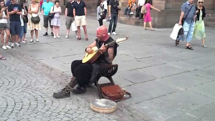 French Musician Luc Arbogast Duets With Himself in Two Distinct Voices During Street Performance