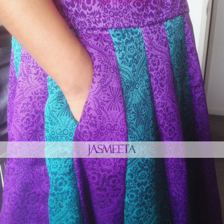 Pockets in our lehenga skirts <3