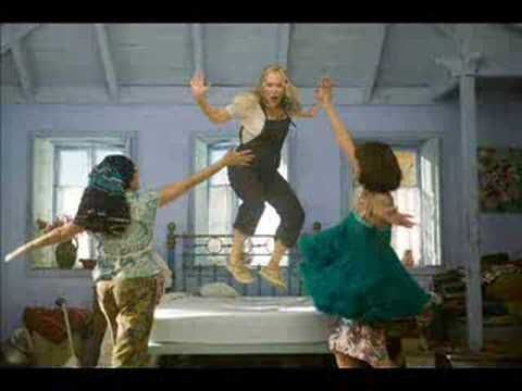 ♫ Dancing Queen ♫(Mama Mia! The Movie) ♪