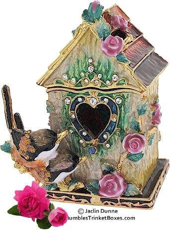wren house trinket box . bumblestrinketboxes.com