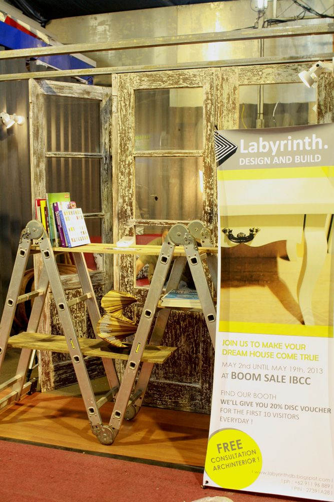 Labyrinth's first exhibition
