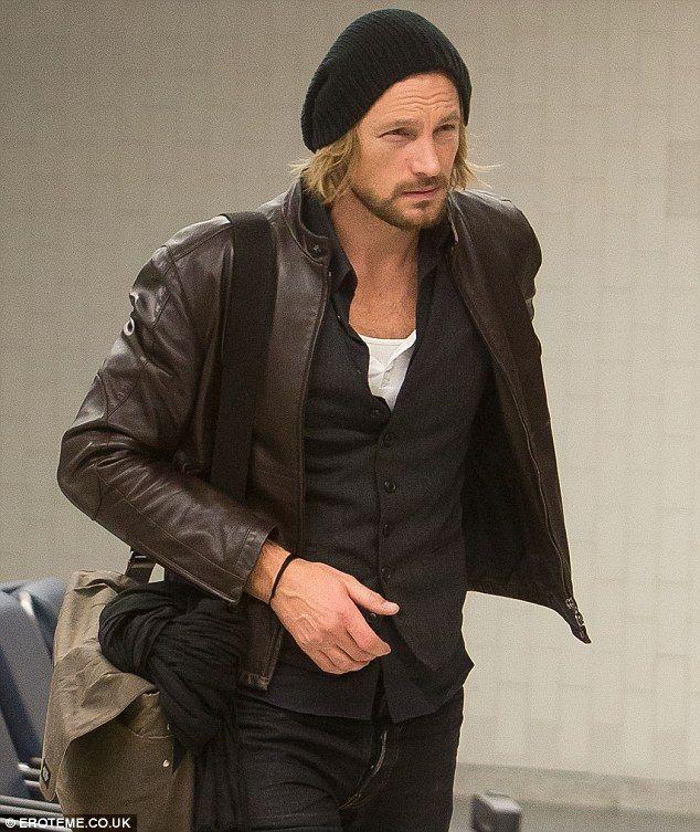 Gabriel Aubry as Gahlil