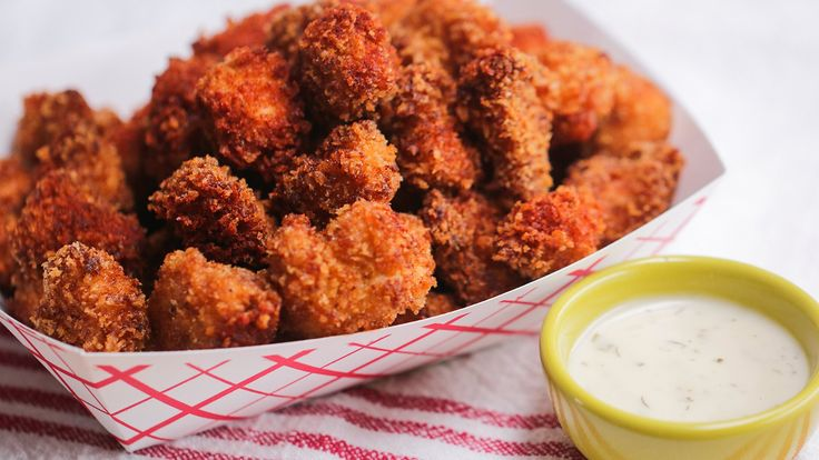 Here is what you'll need! CHIPOTLE POPCORN CHICKEN INGREDIENTS 2 pounds chicken breast, boneless and skinless 2 cups buttermilk 1 7-ounce can of chiles in adobo sauce 2 cups panko bread crumbs 1 teaspoon chili powder ½ teaspoon salt ½ teaspoon pepper 1 teaspoon smoked paprika Oil for frying Garnish Additional smoked paprika PREPARATION Cut …